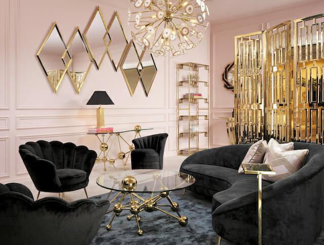 styl glamour różowy salon z czarnymi meblami