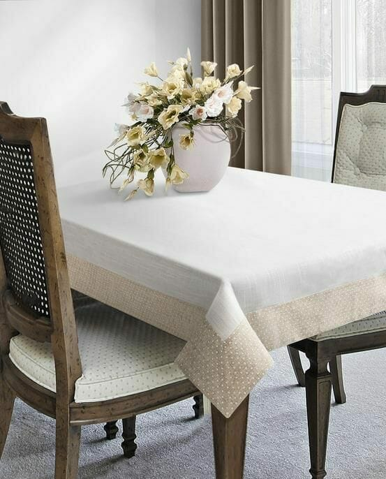 lniany obrus rustykalny stół
