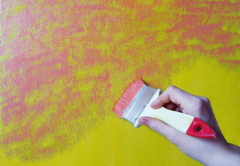 malowanie ścian limonkowa zieleń, róż
