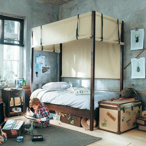 pokój dla chłopca w stylu podróżniczym