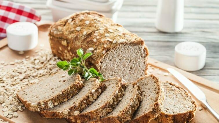 chleb wieloziarnisty na zakwasie jak zrobić w domu