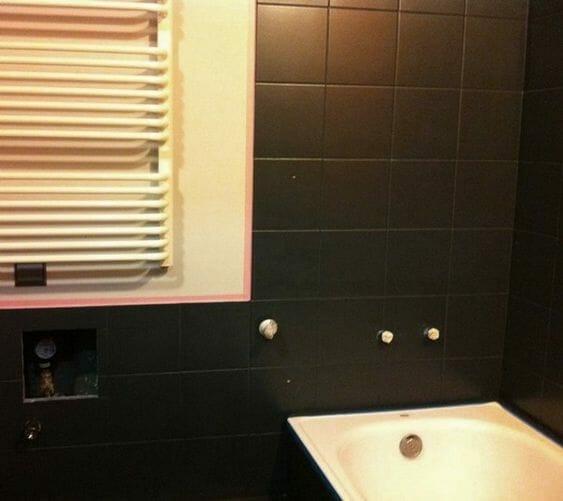 farba do glazury czarny mat w łazience