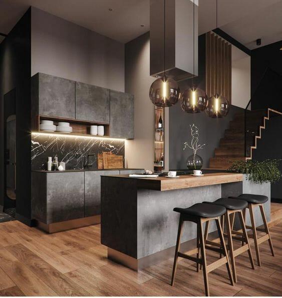 ciemna kuchnia z marmurem i drewnem
