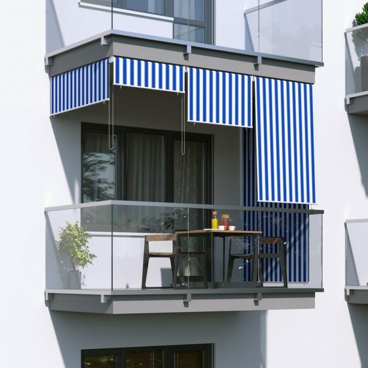 roleta balkonowa w biało niebieskie paski