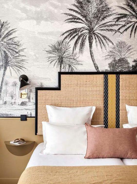 tapety do sypialni palmy rattanowy zagłówek vintage inspiracje