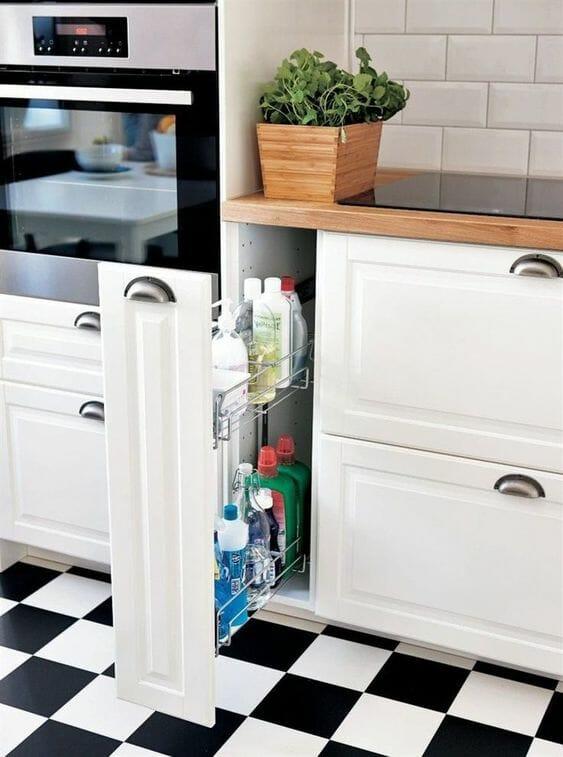 szafki w kuchni białe przechowywanie w kuchni
