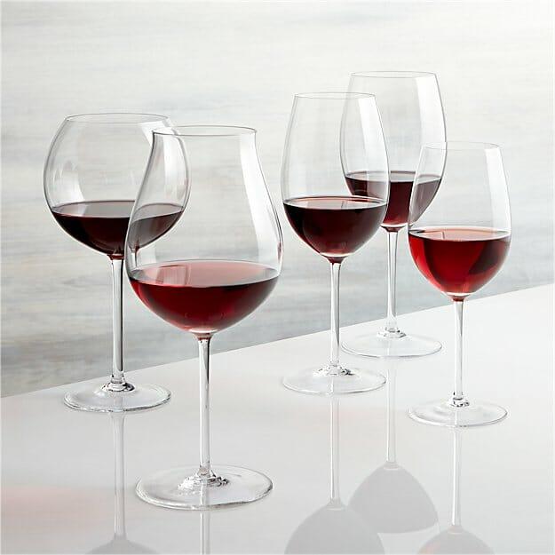Rodzaje kieliszków do wina czerwonego