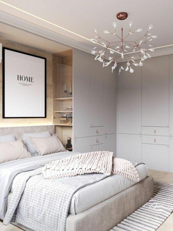 Garderoba w sypialni zabudowana szafa