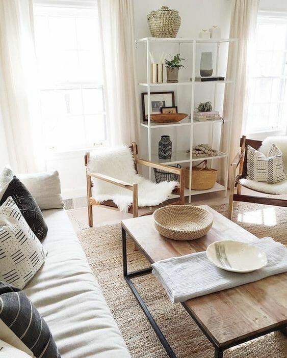 drewniane meble do małego pokoju