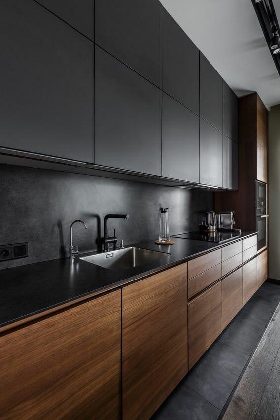 jak zaprojektować kuchnię na wymiar czarną