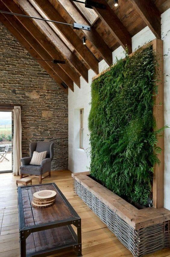rustykalny ogród na ścianie w domu