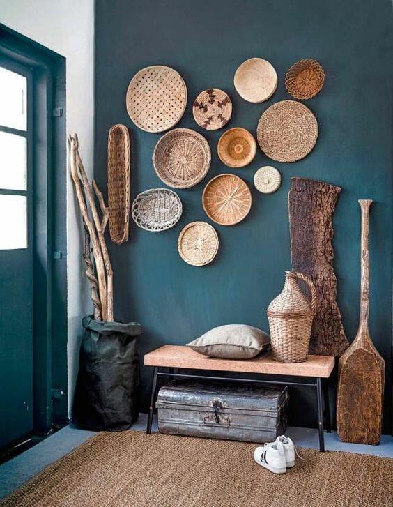 talerze z trawy na ścianę