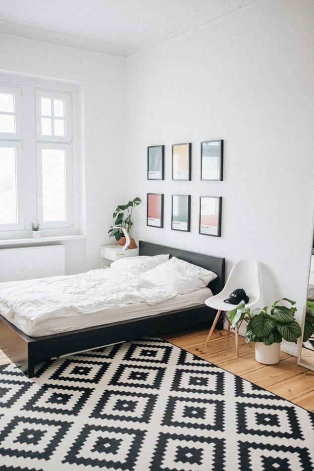 obrazy w sypialni - jakie wybrać?