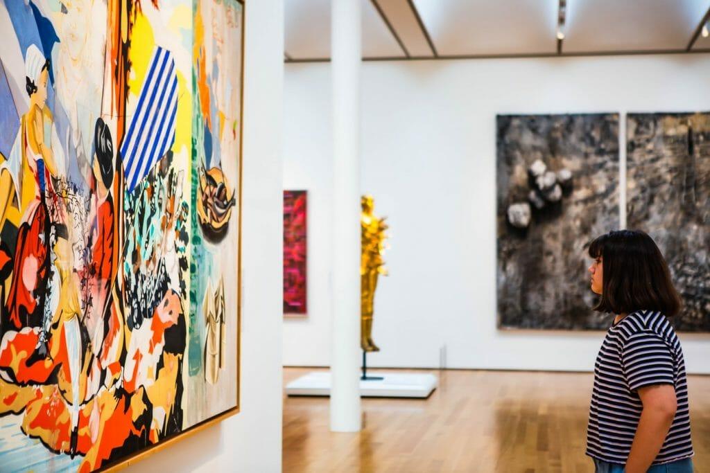 sztuka współczesna galeria sztuki