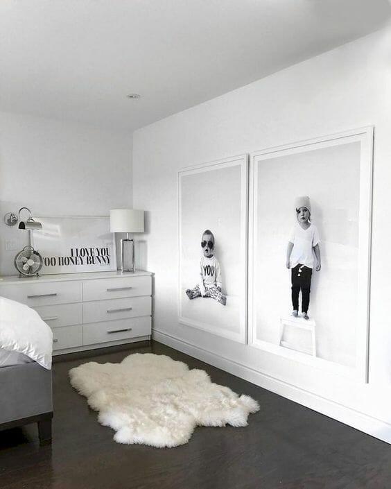 duże zdjęcia w pokoju