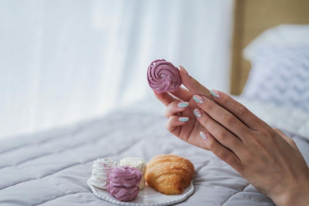 paznokcie hybrydowe manicure