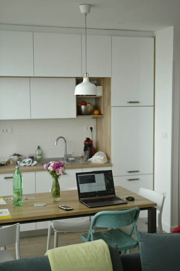 zestaw stol i krzesla do kuchni
