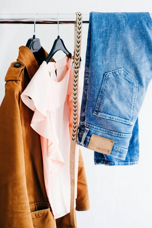 gdzie oddac stare ubrania?