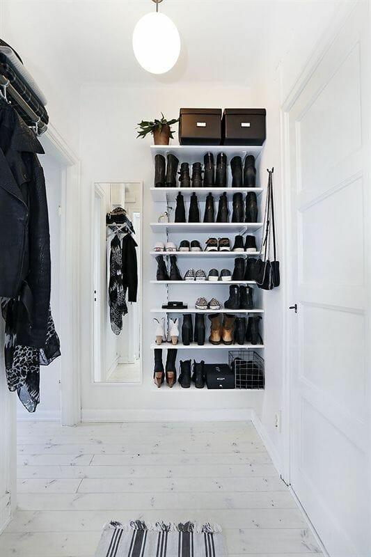 półki na buty w przedpokoju