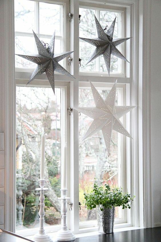 Dekoracje świąteczne na boże narodzenie na okno