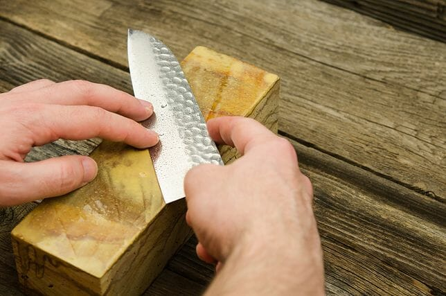 jak ostrzyć nóż