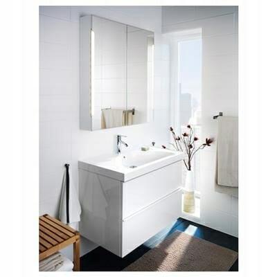 Lustro Ikea z oświetleniem Storjorm do łazienki i przedpokoju