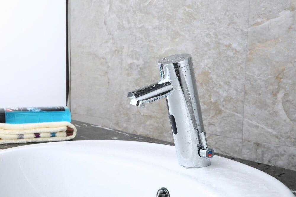 Bateria umywalkowa bezdotykowa Royal Sanitary RSA8805