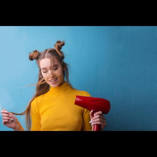 Suszarka do włosów jak wybrać? Na co zwrócić uwagę przy wyborze?