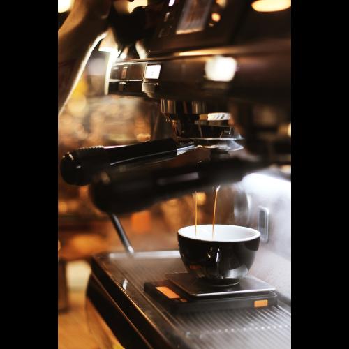 Jaki ekspres do kawy wybrać do domu i mieszkania?