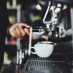 Jaki ekspres do kawy wybrać? Porady i ranking