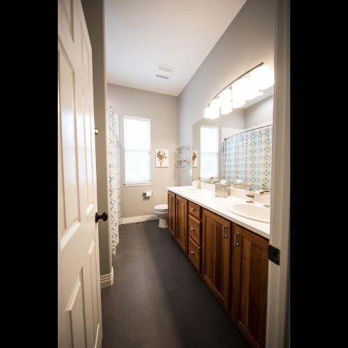 Drzwi łazienkowe normy i wymogi