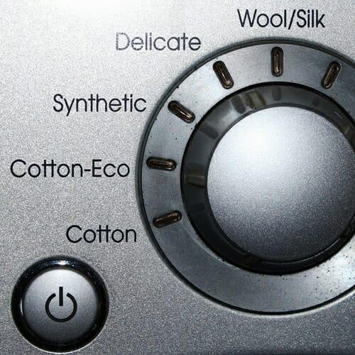 Jak wybrać odpowiednią pralkę z suszarką?