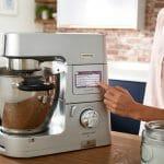 Jaki robot kuchenny z wbudowaną wagą i wyświetlaczem wybrać