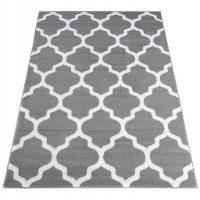 Miękki dywan w wielu wzorach